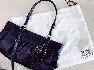 COACH (US) Black Pleated Leather Bag