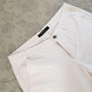 SM WOMAN --- White Jeans