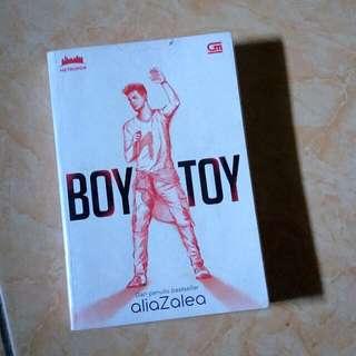 Novel Boy Toy by AliaZalea