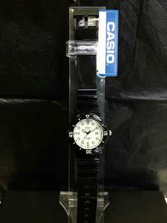 "LRW-200H-7E卡西歐品牌手錶""Casio""日本機芯一年保養"
