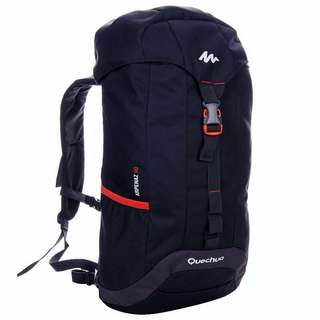 30L BLACK HIKING OR TRAVEL BACKPACK