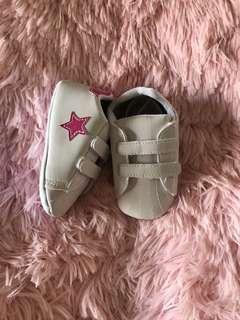 🚚 💠現貨2018夏款~BABY可愛星星學步鞋甜甜價💠