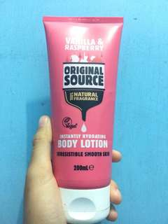 vanilla&raspeberry body lotion