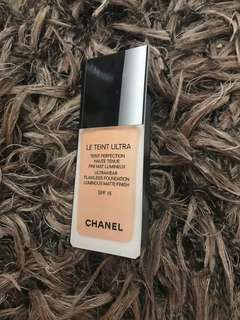 Chanel sample foundation