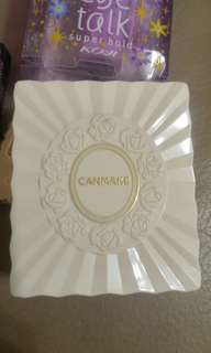 Canmake powder foundation適合夏天使用