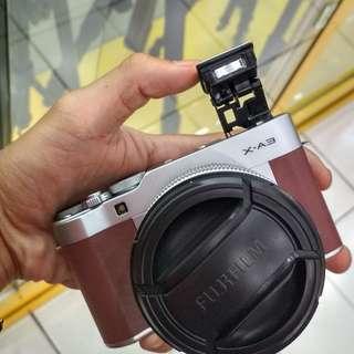 Camera mirorles Fujifilm xa3 bisa di cicil tanpa kartu credit cukup bayar 960ribu