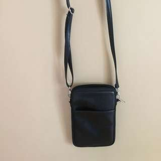 Straight Forward Sling Bag