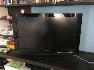 Panasonic 37 inch LCD tv