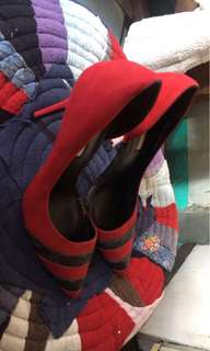LYN AUTHENTIC HEELS SHOES