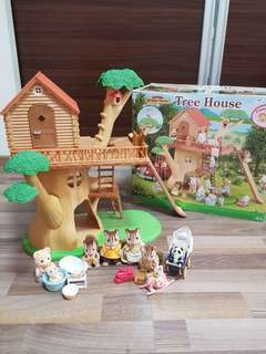 Sylvanian Families Tree House + many figurines