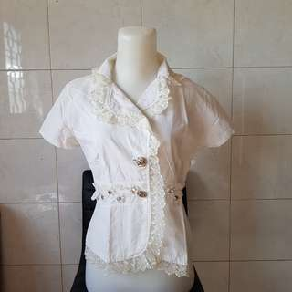 White Laces Outer. LD 95
