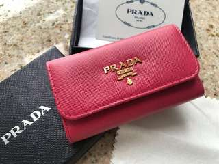 👛 Prada Saffiano Leather Key Pouch (1M0222), new with box and cert