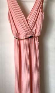 Miss Selfridge : peach bridesmaid dress