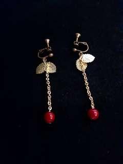 💖Ann(小雙金葉雲彩暗紅垂墜單圓珠)耳環