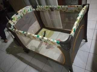 Baby Cot / playpen mamakiddies
