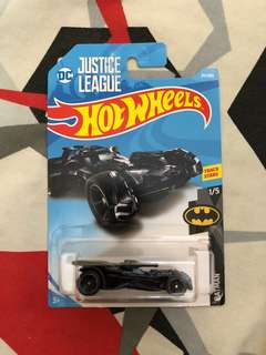 Hotwheels justice league batmobile diecast