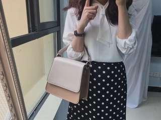 🚚 包包女2018春夏新款韓國小眾設計師同款包簡約撞色圓環手提單肩包