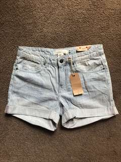 New with tags, H&M women's denim boyfriend shorts, size 27