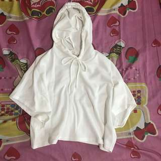 FOREVER21 BATWING WHITE HOODIE TOP