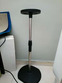 Used bladeless fan stand