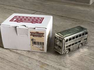 NEW Muji handmade bus day model toy decoration bought from Japan 購自日本無印良品小巴士模型玩具裝飾品擺設