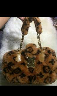 Louis Vuitton Luxury Edition Mink