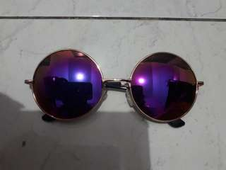 Kacamata retro pink bulat