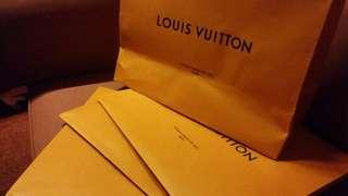 包郵4個LV紙袋