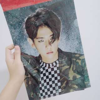 EXO BAEKHYUN OFFICIAL L HOLDER