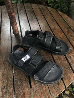 Sandal Tuf