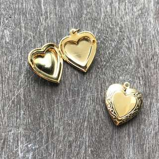 Gold locket hearts charms - Charms clearance!