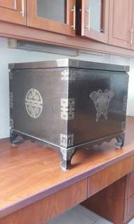 Antique Chest before 1940 50x50x50cm