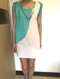🚚 白綠拼接洋裝