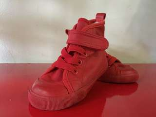Preloved H&M toddler red shoes