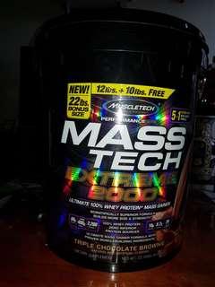 Mass Tech Extreme 2000 by Muscletech