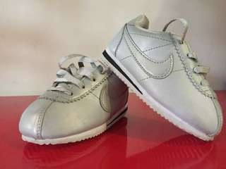 Preloved Nike Cortez (original) baby shoe