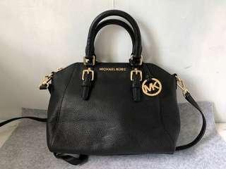Authentic MK Michael Kors 2 ways Bag 不議價