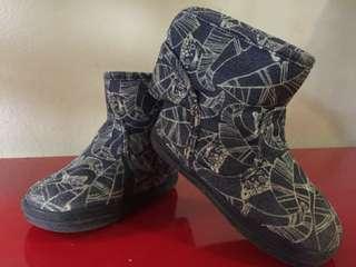 Preloved toddler H&M toddler Boots