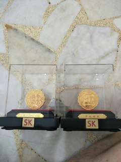 SK 2 gold plated moon cakes (no box)