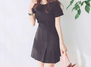 🚚 Classic Simple Black Dress with Sleeve