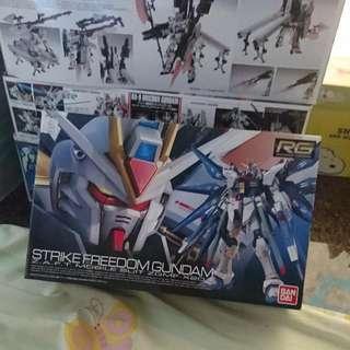 Strike Freedom Gundam 突擊自由 高達 RG 1/144