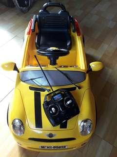 兒童電動車-電動童車(有遙控器)