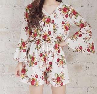 RED-WHITE FLOWER JUMPSUIT♥️