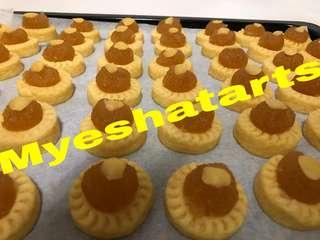 Pineapple tart & Nutella tart