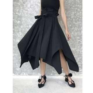 VM 2018夏季 新款 時尚 不規則A字裙超高腰 氣質花苞腰綁帶 不對稱大擺長裙 2色