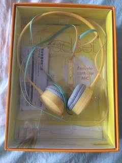 🚚 Elecom耳罩式耳機
