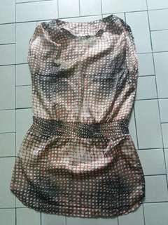 Dress atau blouse cantik