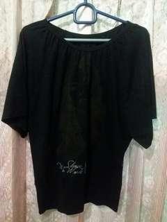 Baju wanita hitam