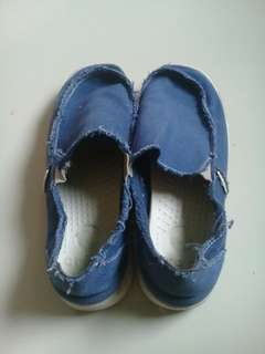 Crocs s8 (free sf)