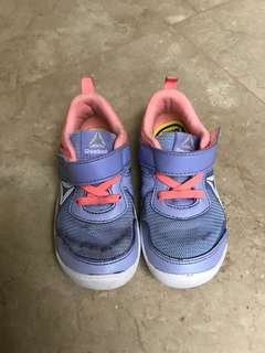 Reebok Shoes Girl 8US